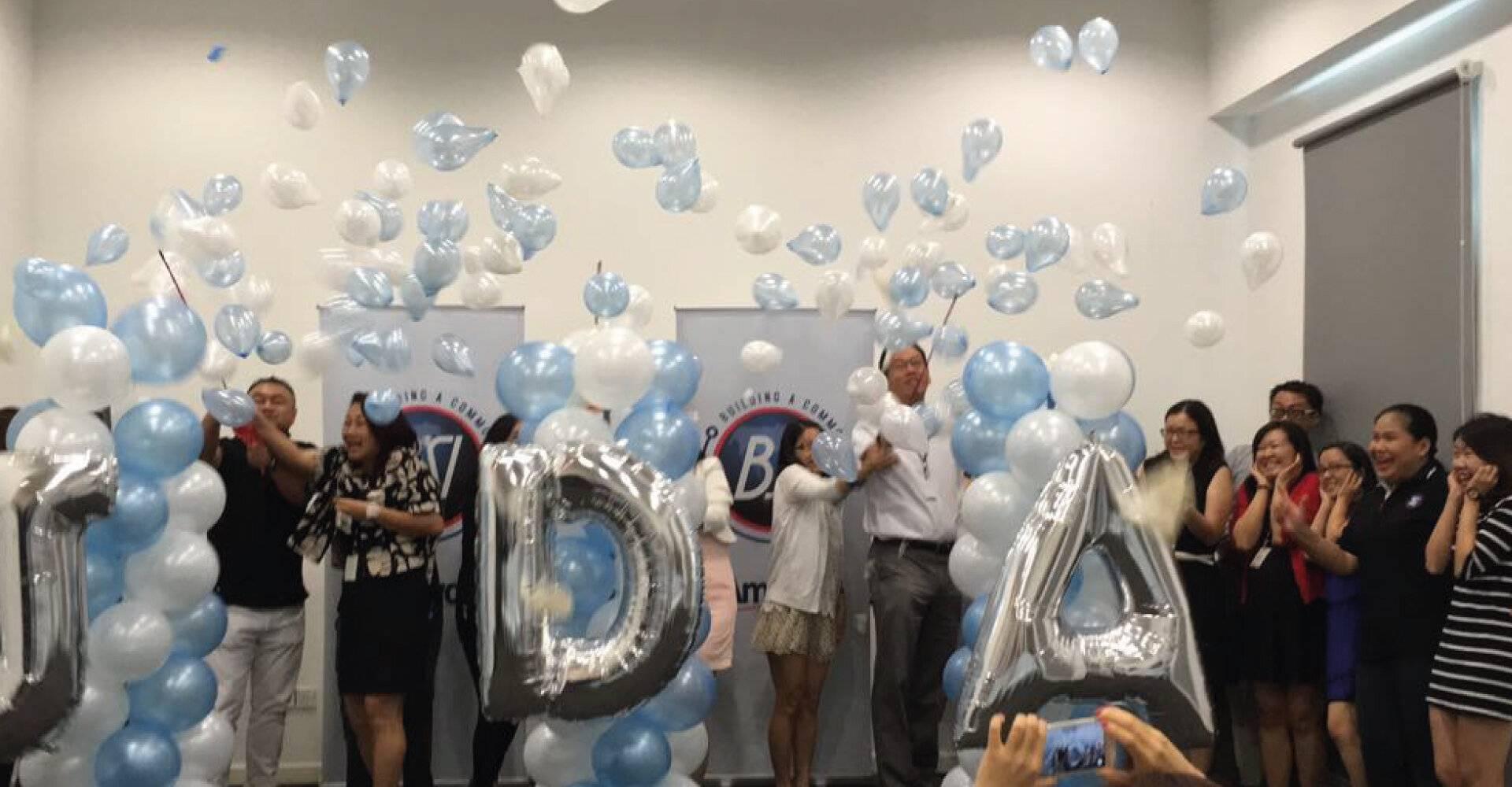 Amway Balloon Explode